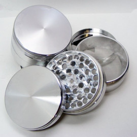 Herb Grinder with razor teeth