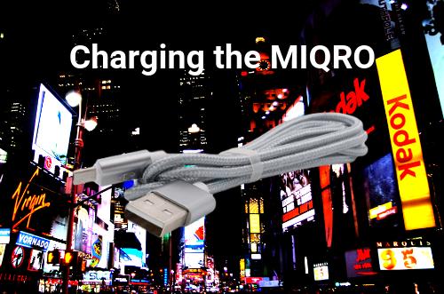 charging-davinci-miqro-vaporizer