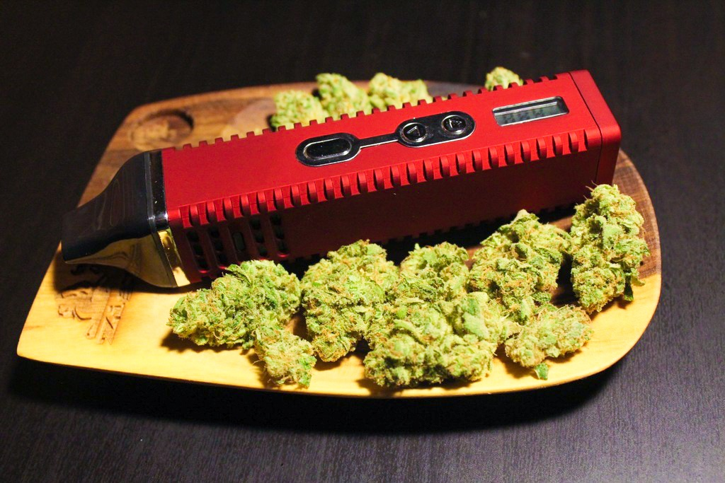 5 Benefits of Using a Vaporizer for Dry Herbs