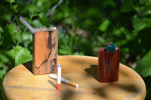 dugout-pipes-one-hitter-on-table