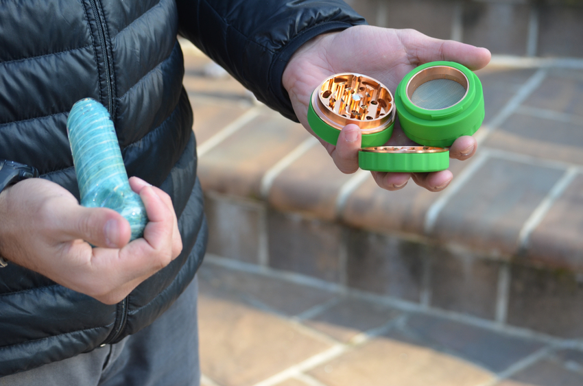 silicone-herb-grinder